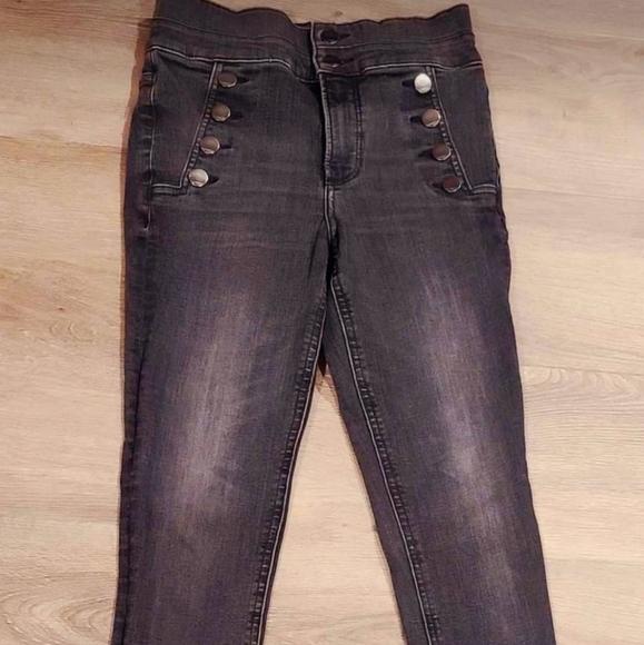 Express Jeans size 2. Worn Twice. Long cut.